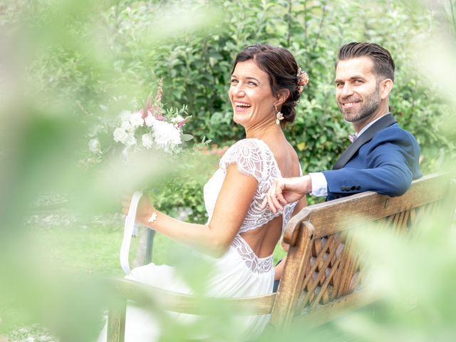 Le mariage de Loïc et Gwladys à Réveillon, Marne 10