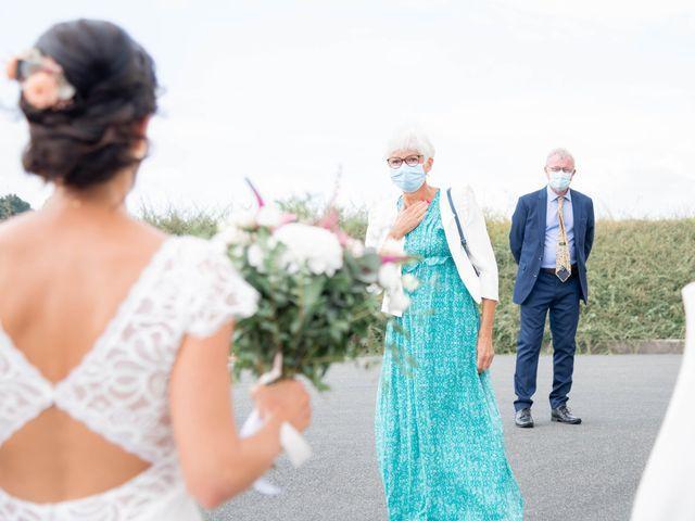 Le mariage de Loïc et Gwladys à Réveillon, Marne 13