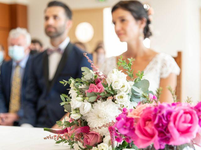 Le mariage de Loïc et Gwladys à Réveillon, Marne 15