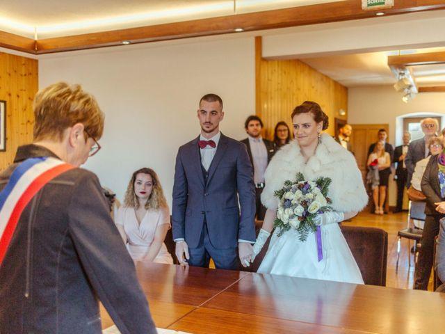 Le mariage de Eloise et Nicolas à Le Reposoir, Haute-Savoie 15