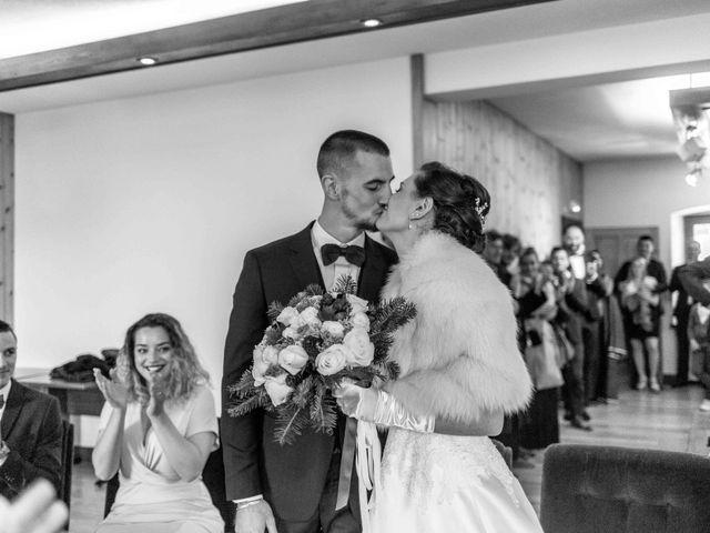 Le mariage de Eloise et Nicolas à Le Reposoir, Haute-Savoie 17