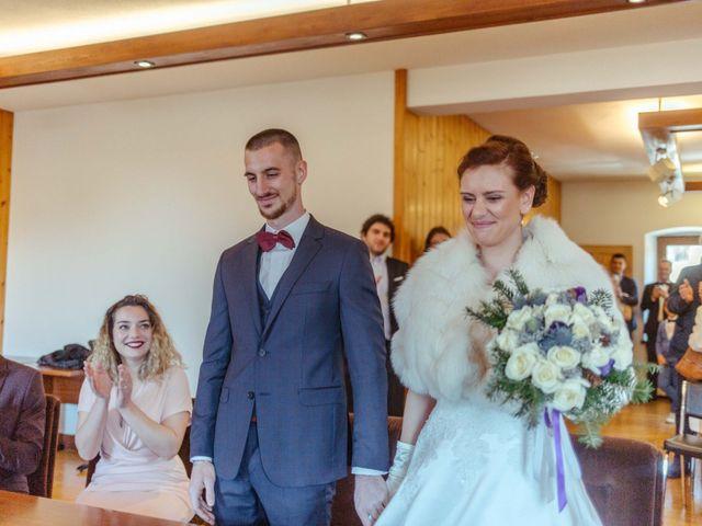 Le mariage de Eloise et Nicolas à Le Reposoir, Haute-Savoie 19
