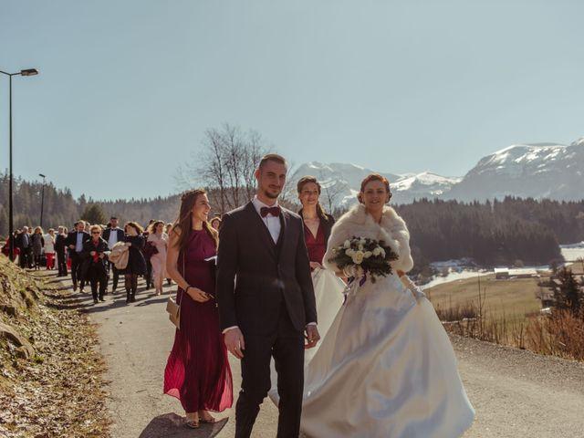 Le mariage de Eloise et Nicolas à Le Reposoir, Haute-Savoie 31