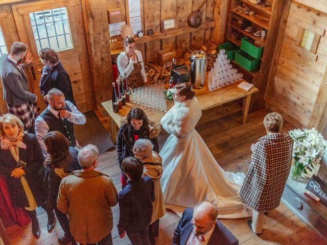 Le mariage de Eloise et Nicolas à Le Reposoir, Haute-Savoie 85