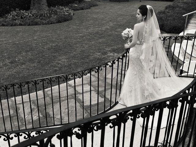 Le mariage de Mila et Coco à Paris, Paris 2