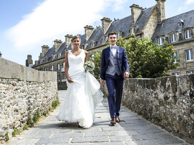 Le mariage de Laura et Claude à Saint-Malo, Ille et Vilaine 17