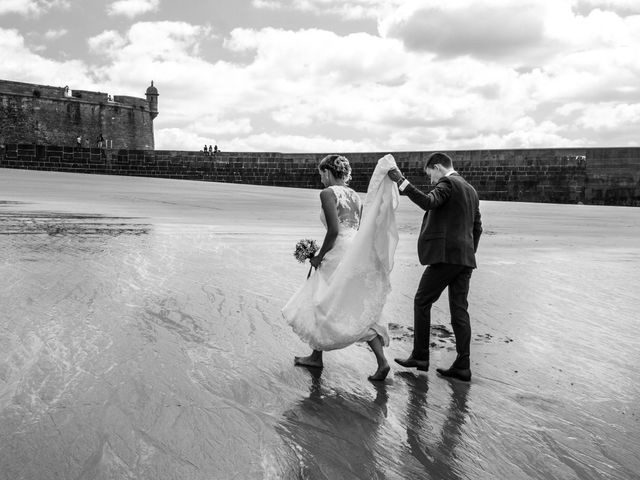 Le mariage de Laura et Claude à Saint-Malo, Ille et Vilaine 32
