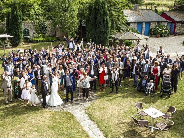 Le mariage de Laura et Claude à Saint-Malo, Ille et Vilaine 62