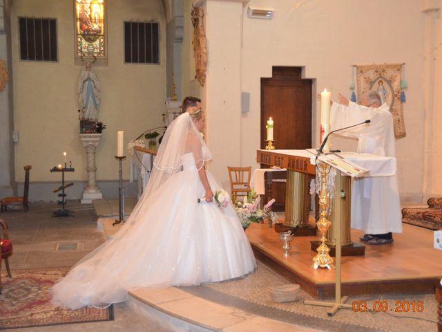 Le mariage de Jérémy et Marine à Paulhan, Hérault 44