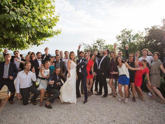 Le mariage de Bertrand et Pauline à Pertuis, Vaucluse 29