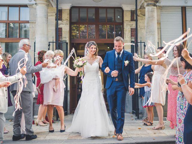 Le mariage de Jim et Sandy à Halluin, Nord 12