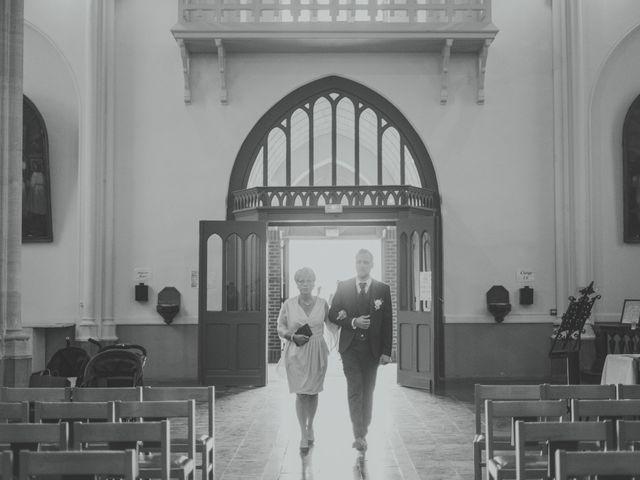 Le mariage de Jim et Sandy à Halluin, Nord 13