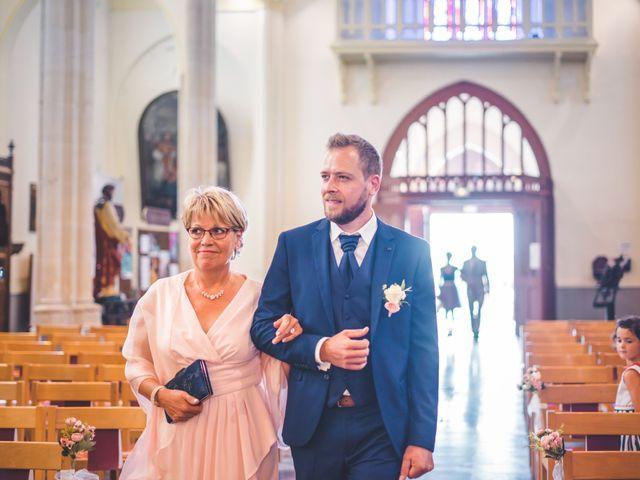 Le mariage de Jim et Sandy à Halluin, Nord 15