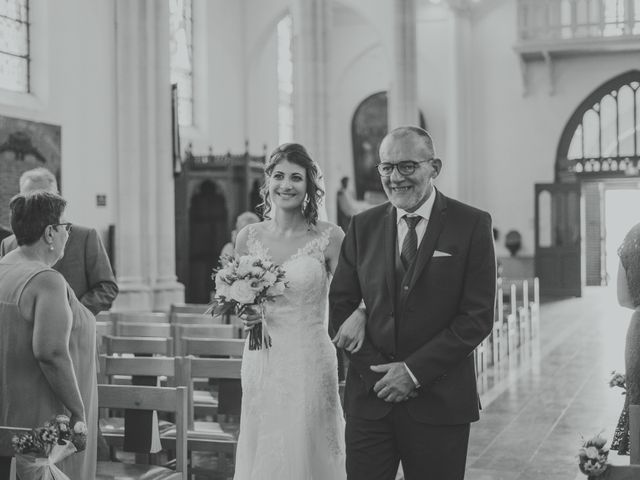 Le mariage de Jim et Sandy à Halluin, Nord 17