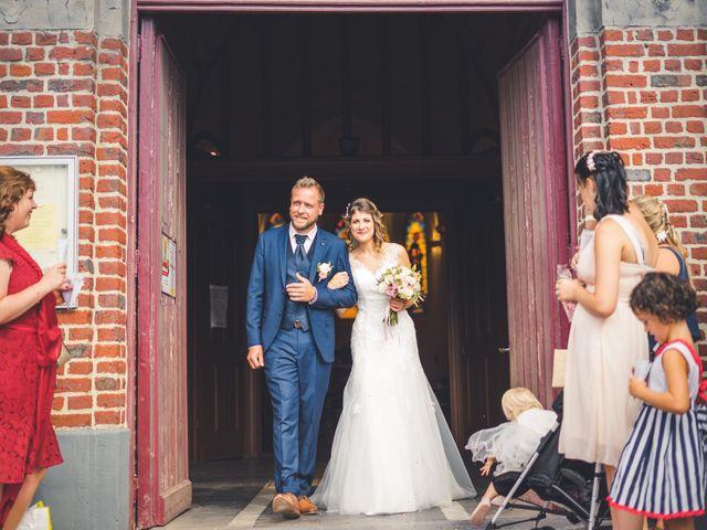 Le mariage de Jim et Sandy à Halluin, Nord 20