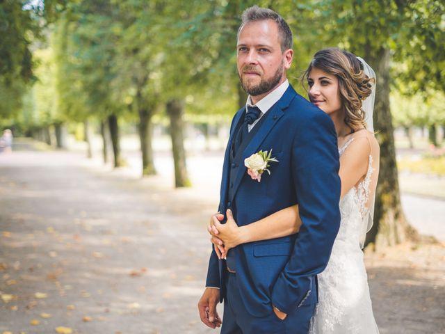 Le mariage de Jim et Sandy à Halluin, Nord 24