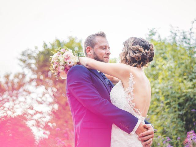 Le mariage de Jim et Sandy à Halluin, Nord 30