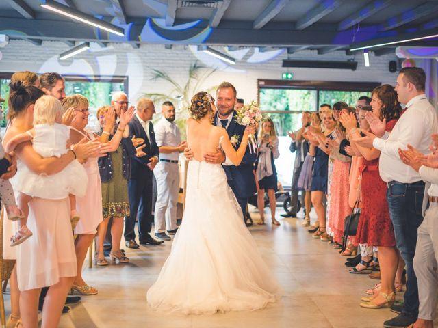 Le mariage de Jim et Sandy à Halluin, Nord 46
