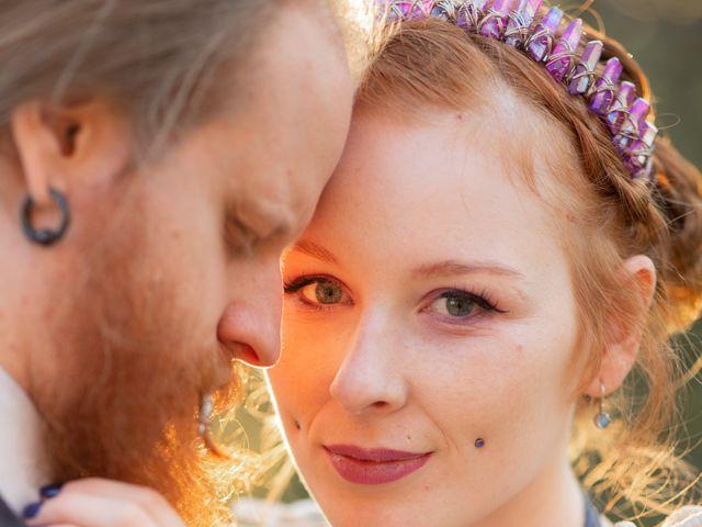 Le mariage de Eric et Valentine à Campandré-Valcongrain, Calvados 24