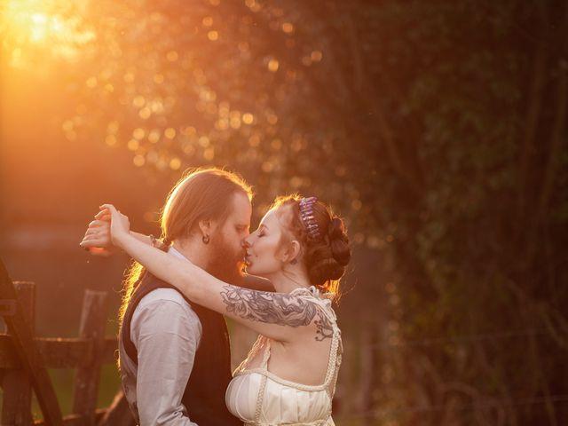 Le mariage de Eric et Valentine à Campandré-Valcongrain, Calvados 26
