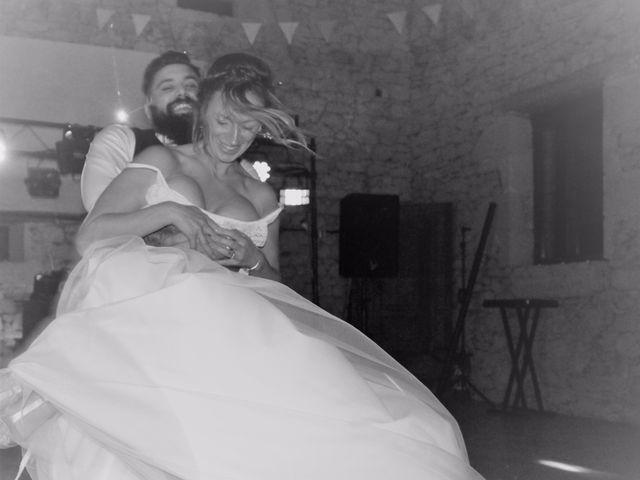 Le mariage de Julien et Solenne à Loubens, Gironde 12