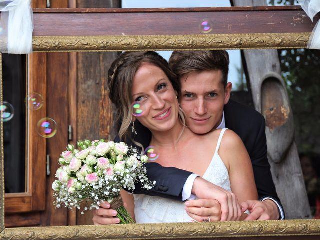Le mariage de Julien et Solenne à Loubens, Gironde 16