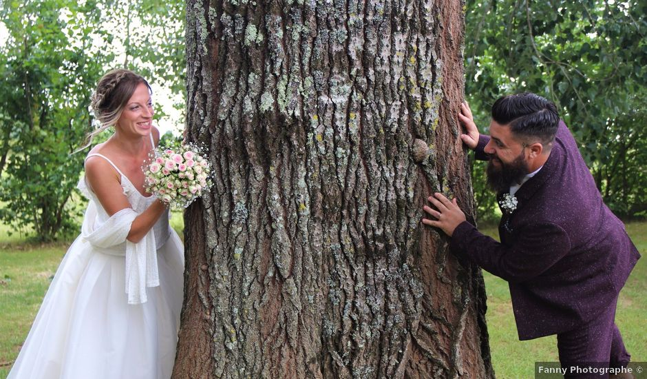 Le mariage de Julien et Solenne à Loubens, Gironde