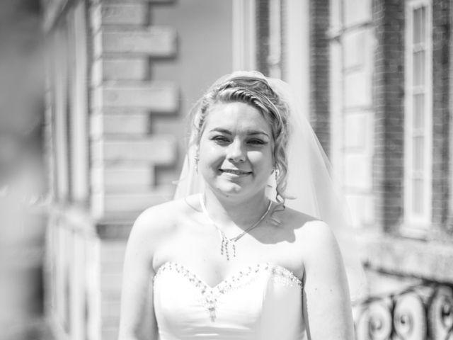 Le mariage de Guillaume et Roxanne à Saint-Didier-des-Bois, Eure 23