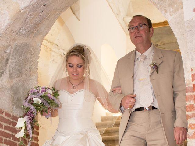 Le mariage de Guillaume et Roxanne à Saint-Didier-des-Bois, Eure 38