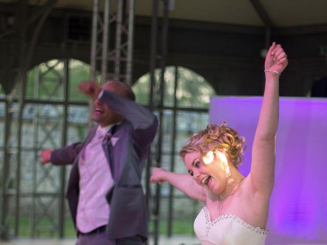 Le mariage de Guillaume et Roxanne à Saint-Didier-des-Bois, Eure 91