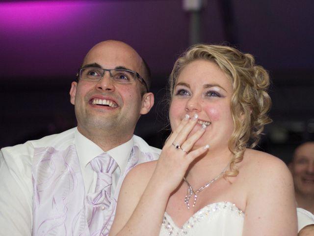 Le mariage de Guillaume et Roxanne à Saint-Didier-des-Bois, Eure 101