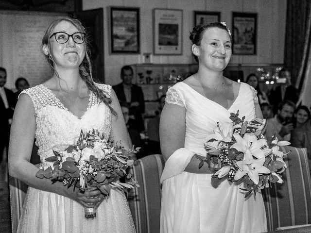 Le mariage de Emilie et Victoria à Semur-en-Auxois, Côte d'Or 6