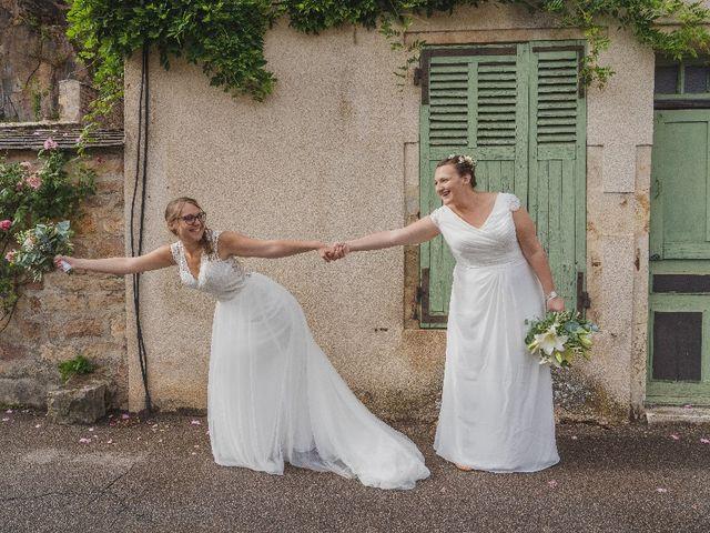 Le mariage de Emilie et Victoria à Semur-en-Auxois, Côte d'Or 17