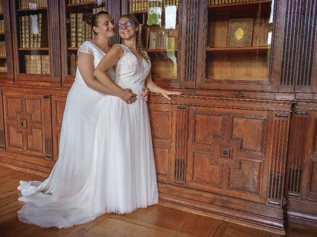 Le mariage de Emilie et Victoria à Semur-en-Auxois, Côte d'Or 21