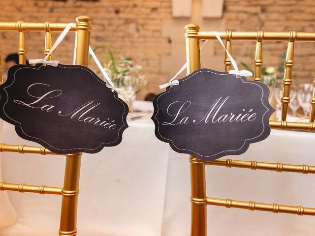Le mariage de Emilie et Victoria à Semur-en-Auxois, Côte d'Or 28