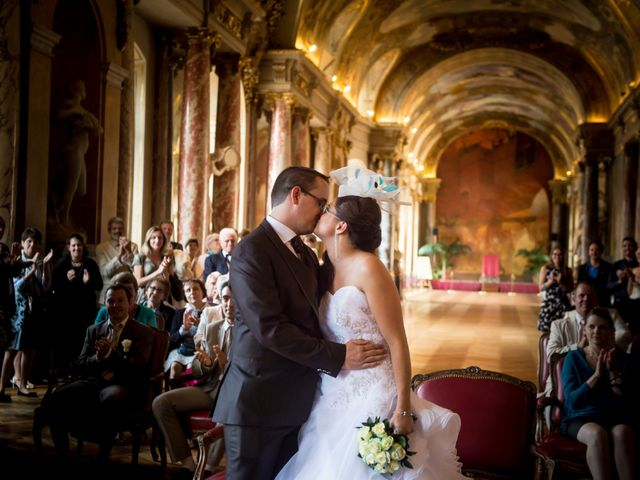 Le mariage de Adrien et Coralie à Toulouse, Haute-Garonne 11
