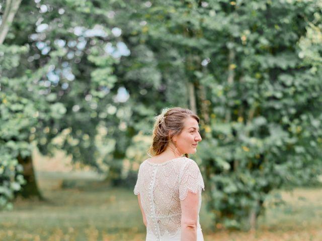 Le mariage de Damien et Elodie à Léoville, Charente Maritime 6