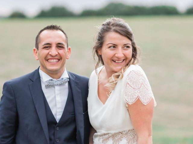 Le mariage de Damien et Elodie à Léoville, Charente Maritime 1