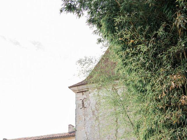 Le mariage de Damien et Elodie à Léoville, Charente Maritime 10