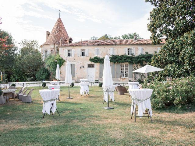 Le mariage de Damien et Elodie à Léoville, Charente Maritime 14