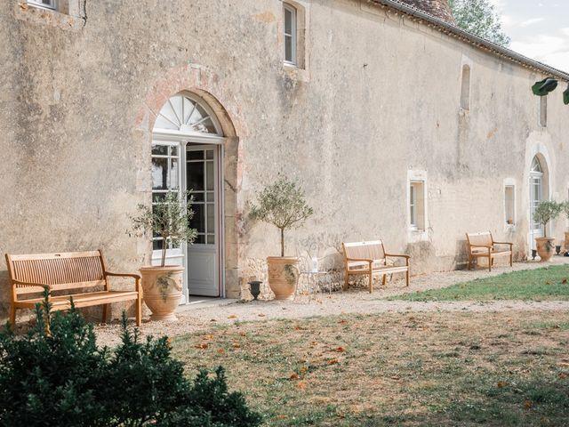 Le mariage de Damien et Elodie à Léoville, Charente Maritime 16