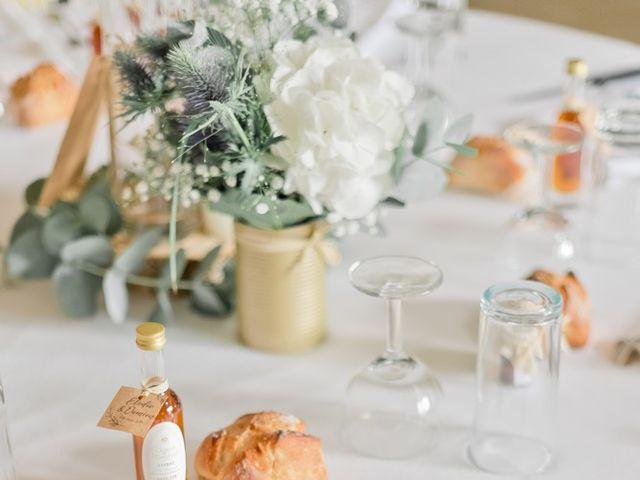 Le mariage de Damien et Elodie à Léoville, Charente Maritime 18