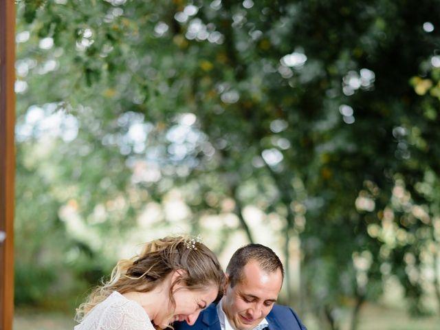 Le mariage de Damien et Elodie à Léoville, Charente Maritime 32