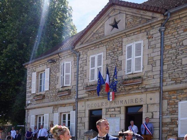 Le mariage de Victor  et Mathilde  à Arlay, Jura 42