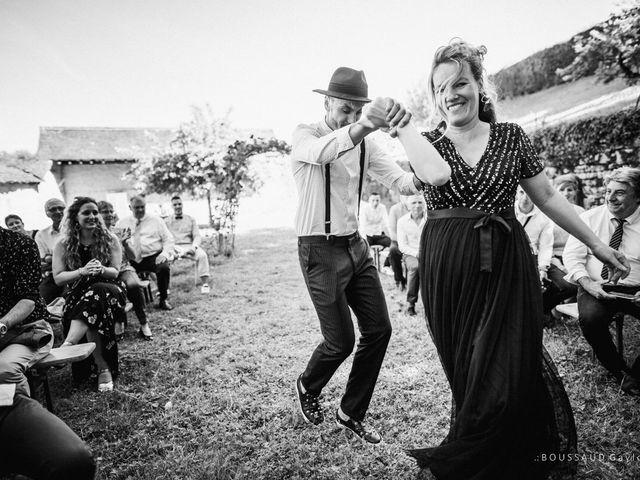 Le mariage de Victor  et Mathilde  à Arlay, Jura 47