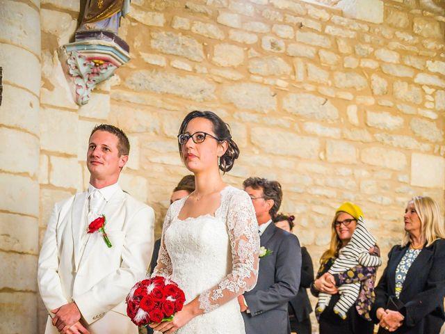 Le mariage de Nathanaël et Laure à Massognes, Vienne 4