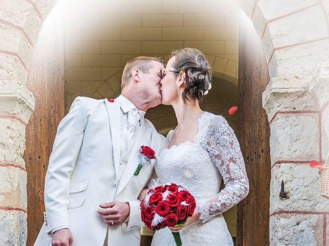 Le mariage de Nathanaël et Laure à Massognes, Vienne 5