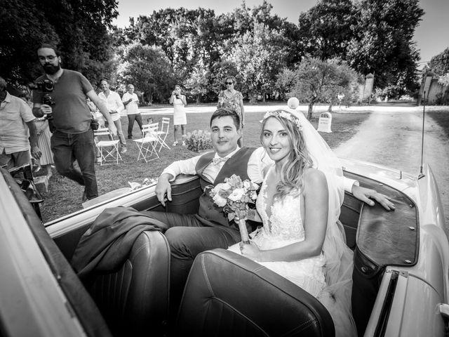 Le mariage de Romain et Marine à Carpentras, Vaucluse 15