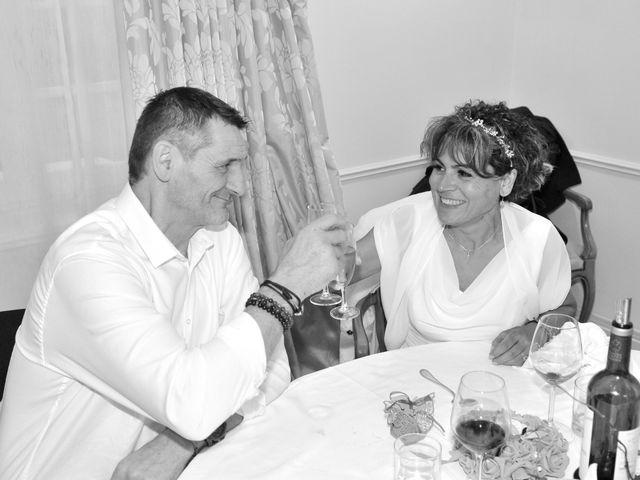 Le mariage de Dominique et Maria à Saint-Laurent-Médoc, Gironde 27