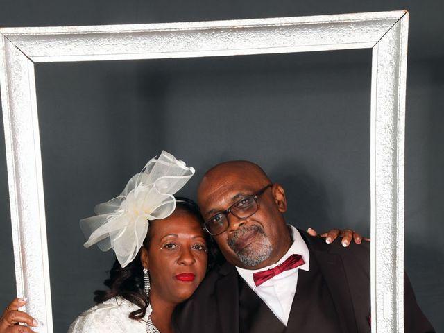 Le mariage de Ferdinand et Jocelyne à Paray-Vieille-Poste, Essonne 54